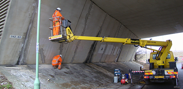 variblast highways, bridges and rail infrastructure cleaning services